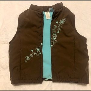 Carter's Jackets & Coats - Super cute size 24 month Carter's vest